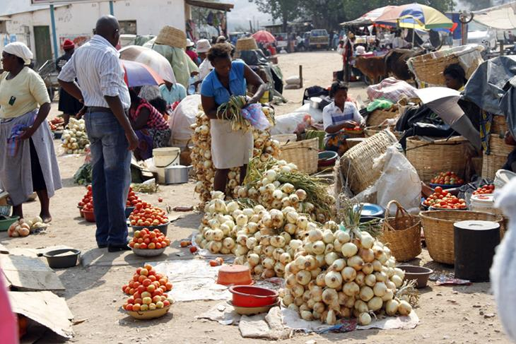 Zimbabwean government bans street vendors to fight Cholera outbreak.<br/>Zimbabwean government bans street vendors to fight Cholera outbreak.<br/>Zimbabwean government bans street vendors to fight Cholera outbreak.